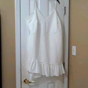 NWT BooHoo White Dress Size 22